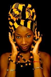 Fatoumata Diawara turbante